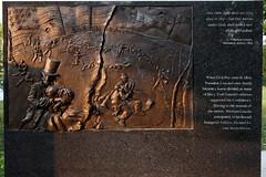 Lincoln Bas-relief scenes #3 - Louisville Waterfront Park (SeeMidTN.com (aka Brent)) Tags: louisville ky kentucky lincoln abrahamlincoln presidentlincoln president memorial sculpture basrelief waterfrontpark edhamilton 2009 bmok civilwar