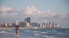 AMANECER EN SOUTH BEACH . Photo:@Surferix