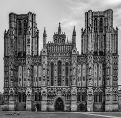 Wells Cathedral, Somerset - the West Facade (JackPeasePhotography) Tags: wells cathedral somerset black white gothic architecture arches statues windows stained glass june