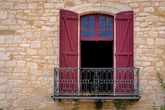 Doors, balcony and windows - Monpazier/FR (About Pixels) Tags: 0727 2015 aboutpixels fr france frankrijk lpbvf lesplusbeauxvillagesdefrance mnd07 monpazier nikond90 nikon nouvelleaquitaine summerseason zomerseizoen algemeen appliedart appliedarts architecture architectuur art balcony balkon bouwwerk building cityscape collecties construction facade gebouw gevel juli july kunst luikraamraam raam stadsgezicht stedelijk toegepastekunst urban window