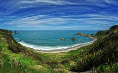 tauranga bay 2b (Bilderschreiber) Tags: westcoast west coast tauranga bay bucht neuseeland newzealand südinsel southisland weitwinkel wideangle landscape landschaft strand beach blau blue