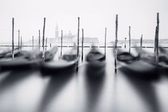 Venice (Petra Runge) Tags: venedig venice venezia langzeitbelichtung einfarbig stadt long exposure cityscapes italien italy italia monochrome