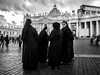 Roma - 2017 (Enzo D.) Tags: biancoenero blackandwhite saintpeterchurch nuns olympus roma rome suore vatican wwwenzodemartinocom