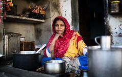 India (mokyphotography) Tags: india bikaner rajasthan donna woman work lavoro canon people portrait persone person picture ritratto village villaggio travel