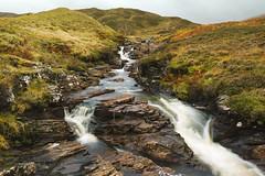 Allt Bail' a' mhuilinn (Scottish Highlands) (Uillihans Dias) Tags: green alltbailamhuilinn waterfall waterstream scotland highlands landscape rocks nature nikon d750
