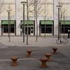 Hafenpoller für Zürich (zeh.hah.es.) Tags: kreis5 zurich zürich schweiz switzerland poller baum tree fassade façade facade laterne streetlight hardstrasse schiffbauplatz