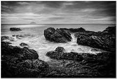 Ailsa Craig veiwpoint (Hugh Stanton) Tags: rocks seaweed shoreline ocean appicoftheweek