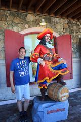 Captain 'Morgan' (Rick & Bart) Tags: bahamas cruise travel rickvink rickbart canon eos70d sun theglamorouslifelatincruise nassau moi rick captainmorgan
