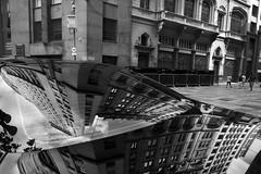 9540 2 (*Ολύμπιος*) Tags: sãopaulo cidade city ciudad città cittè ciutat centro centrohistórico centrodowntown arquitetura architecture architettura architeture arquiteto architetto reflexo refletion reflex riflesso pb bw biancoenero bn blackandwhite noiretblanc pretoebranco