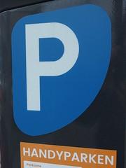 Dude, where's my mobile? (mkorsakov) Tags: dortmund city innenstadt sticker aufkleber parkplatz parkingspot wtf schild sign