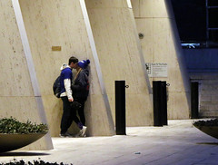 kissing (midatlantica) Tags: newwork nyc centralpark manhattan winter urban city people