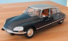 Norev DS (Schwanzus_Longus) Tags: delmenhorst die cast model replica 118 fahrzeug norev citroën citroen auto sedan saloon ds 23 pallas