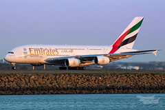 A6-EEK EK A380 34L YSSY-1072 (A u s s i e P o m m) Tags: mascot newsouthwales australia au emirates ek airbus a380 syd yssy sunset sydneyairport