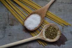 Küchenshooting 16 (fotomänni) Tags: stilleben stilllife stillife küche kitchen manfredweis gewürze spices