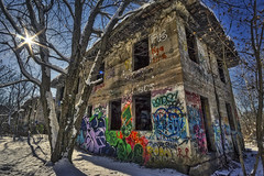 Concrete City Sunflare, 2018.01.18 (Aaron Glenn Campbell) Tags: loweraskam concretecity hanovertownship wyomingvalley luzernecounty pennsylvania building architecture structure weathered deterioration forgotten dilapidated urbex urbanexploration graffiti sunlight shade shadows outdoors optoutside winter snow winterwonderland 3xp ±3ev hdr macphun aurorahdr2017 nikcollection silverefexpro viveza bw blackandwhite on1effects sony a6000 ilce6000 mirrorless rokinon 12mmf2ncscs wideangle primelens manualfocus emount tiffen cpfilter circularpolarizer