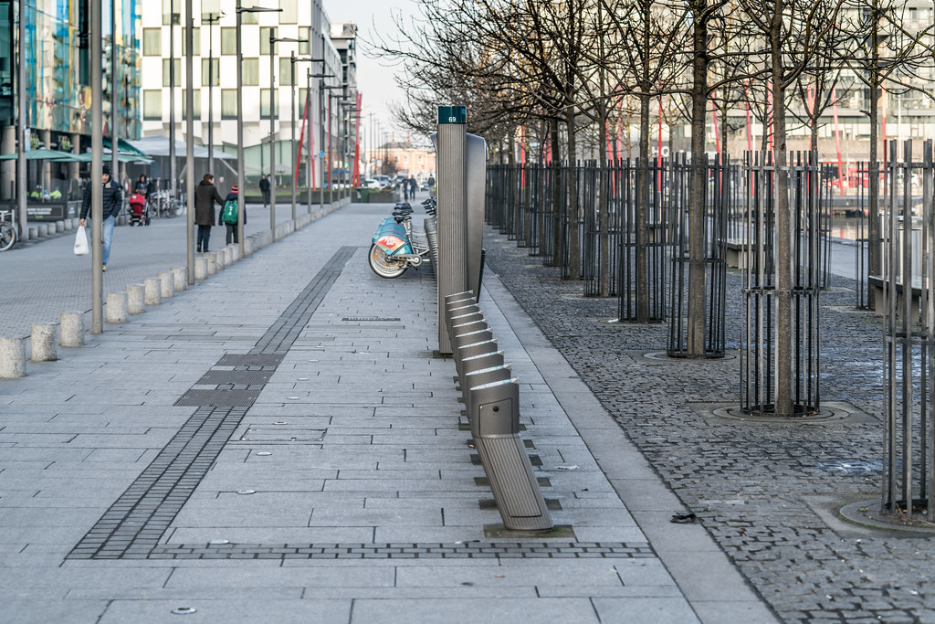 DUBLIN BIKES DOCKING STATION 69 [JANUARY 2018]-136357