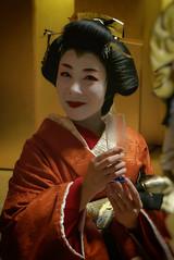 Cheers! (Rekishi no Tabi) Tags: geiko geisha gionhigashi kyoto japan ryoka kimono leica