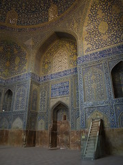 P9254800 (bartlebooth) Tags: esfahan esfahanprovince isfahan isfahanprovince iran persia middleeast mosque masjid bluemosque shahmosque imammosque royalmosque unesco tile blue iranian architecture naqshejahansquare mosaic olympus e510 evolt silkroad persian mihrab minbar qibla