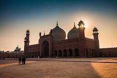 Badshahi Mosque (imtiazchaudhry) Tags: mosque architecture worship place people life religion light sun rays minaret building mughal era grand icon courtyard prayer