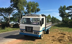 Myanmar, Ayeyarwady Region, Myaungmya District, Einme Township, Kyar Na Hpu Village Tract (Die Welt, wie ich sie vorfand) Tags: truck trucks myanmar burma bicycle cycling ayeyarwadyregion ayeyarwady irrawaddy delta myaungmyadistrict myaungmya einmetownship einme frankentruck kyarnahpu