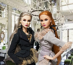 Lilith and Eden Blair (RockWan FR) Tags: lilithedenblair nuface fashionroyalty integritytoys trouble smokemirrors