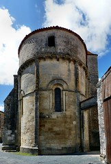 Migron – Saint-Nazaire (Martin M. Miles (on the road again...)) Tags: migron saintonge fortified fortifiedchurch stylesaintongeais charentemaritime 17 nouvelleaquitaine charente 16 france