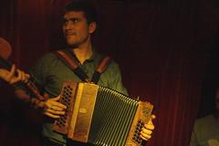 I Fratelli Tarzanelli (2018) 05 - Pablo Golder (KM's Live Music shots) Tags: worldmusic italy ifratellitarzanelli pablogolder diatonicaccordion accordion folkonmonday greennote
