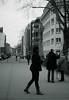 people on bridge (Amselchen) Tags: street streetphotography mono düsseldorf bnw bokh blur dof depthoffield blakandwhite sony a7rii sonnart1855 sonnar5518za zeiss carlzeiss fe55mmf18za sonyilce7rm2