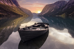 time to open the eyes (AlbertMu7) Tags: mirror bright south norway view day colour paisaje water landscape fjord boat