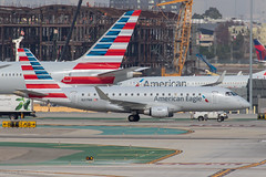 EMB175, Los Angeles Int, N217NN  16-11-2017 (The Lea Bank Kid) Tags: emb175 losangelesint n217nn losangeles california unitedstates us