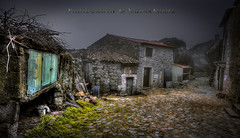 Monsanto y su encanto (Xálima Miriel) Tags: monsanto stone portugal aldea rustico