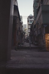 4932-019 (zerichan) Tags: nikon f3 fujifilm reala 500d 8592 hongkong
