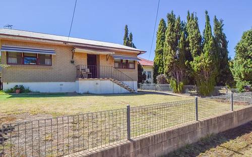 35 Blackett Avenue, Young NSW