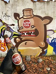 SUPER COOL (FATKIWIE) Tags: streetart graffiti spraypainting character superbock beer monster kiwie
