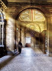 Conserje del museo (Ramirez de Gea) Tags: museodehistorianatural london londres