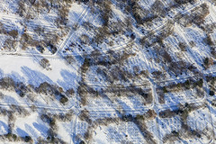 Snow Covered Graves (Aerial Photography) Tags: by m obb 16022010 5d210981 behringstrase fotoklausleidorfwwwleidorfde friedhof luftaufnahme luftbild munich mühlangerstrase münchen schnee untermenzing winter aerial cemetery outdoor snow bayern deutschlandgermany deu
