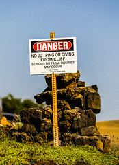 No Ju Ping! (wyojones) Tags: halaeacurrent hawaii cliffdiving jumping juping sign funny cliffs currents dangerous