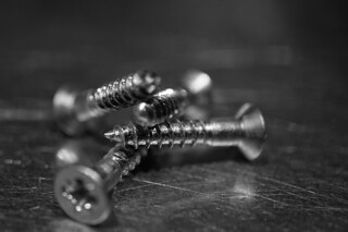 Monochrome Screws