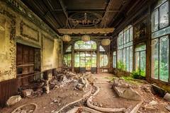 Haven of peace (Photonirik) Tags: urbex decay urban exploration oblivion abandoned abandonné oubli forgotten ue dust