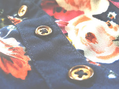 Three Buttons ... & Some LIGHT -  MM - Theme-Fasteners (LOVE.OVER.LUST.) Tags: mm macromondays fasteners shirt floral cloth design pattern selectivefocusing soft buttons sundaylights cotton bokeh