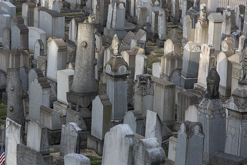 170925-8109-Cemetery