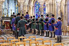 Messe de Saint-Hubert (Edgard.V) Tags: senlis cathédrale catedral cathedral messe messa mass missa sainthubert chasseurs caçadores hunting cor horn chasse à courre vénerie