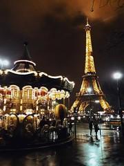 Paris is always Paris (sarabriccoli) Tags: moment capture shot amazing center cities city fun kid nightlights nights light lights night toureiffel francia france parigi paris