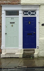 Double Door (♥ Annieta ) Tags: annieta juli 2017 sony holiday vakantie england scotland uk greatbritain bridlington deur door porte allrightsreserved usingthispicturewithoutpermissionisillegal sonyhx350