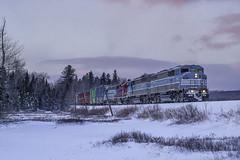 Closing out 2017 (Thomas Coulombe) Tags: centralmainequebec cmq emdsd402f gmdsd402f sd402f freighttrain train job2 parlinstream longpond maine winter sunset