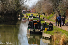 Living on the Kennet and Avon canal. (Meon Valley Photos.) Tags: living kennet avon canal ngc