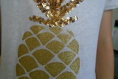 DSC00506 (classroomcamera) Tags: school classroom shirt tshirt pineapple sparkle sparkles sparkly glitter fruit gold golden closeup arm girl