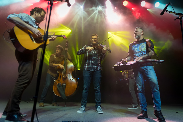 The Infamous Stringdusters w/ Leftover Salmon 12/29/2017 by Dave Weiland