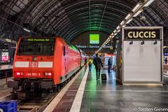 Frankfurt-Main_Hbf_DB-Regio_146-001_RE60_nach_Mannheim_04022018 (giesen.torsten) Tags: nikon nikond810 sigma frankfurtammainhbf frankfurt frankfurthbf nachtaufnhme ohnestativ 146001 baureihe1460 bombardier traxx re60