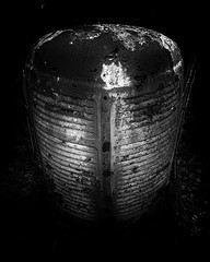 Dark (Pilleluringen) Tags: grill front bus tokina tokinaaf1120mmf28 atx1120f28prodx sweden värmland blackandwhite bnw bw dark rural rurex ruin decay dusk abandoned graveyard carcemetry urbex outdoor woods old leaves nature wood